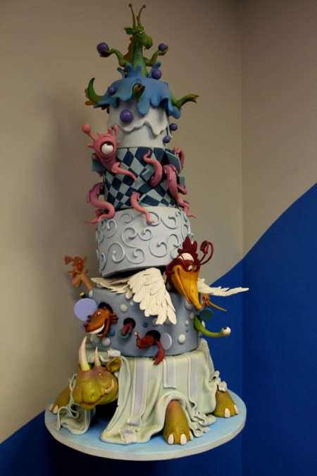 Mike's Amazing Cakes Structure Class