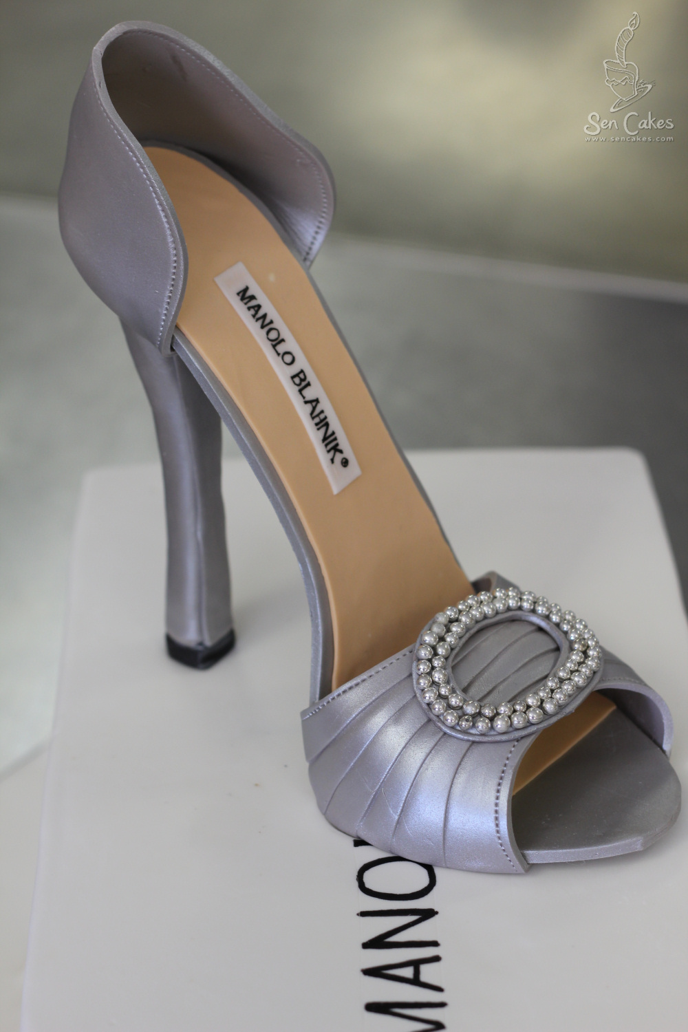 Shoe box cake process for High heel shoe design template
