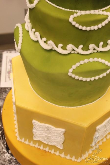 06. Royal Icing Cake