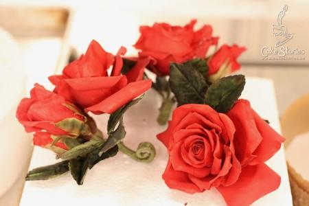 06. Gumpaste Roses